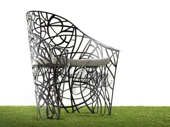 Кованое кресло в стиле хай-тек