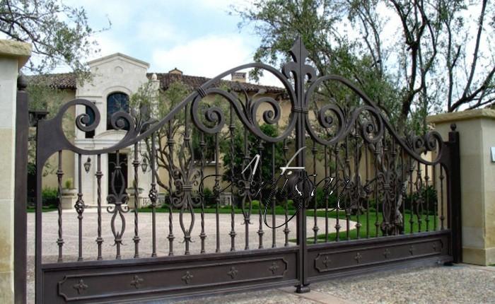Кованые ворота в стиле классицизм