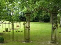 Кованый забор как художественное изделие