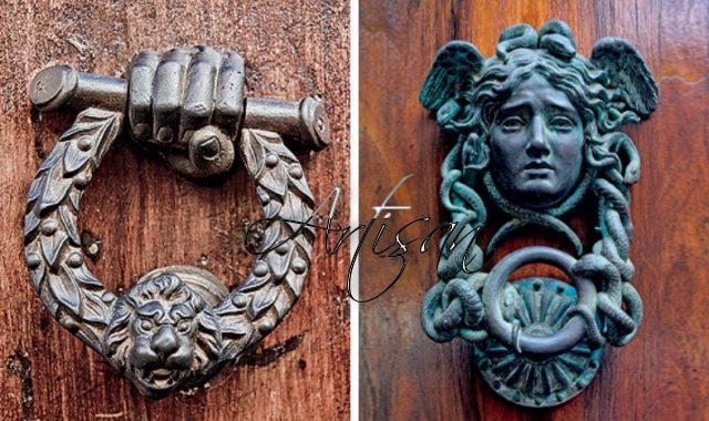 История кнокеров начинается с раннего средневековья, именно тогда их начали ставить на двери церквей и монастырей