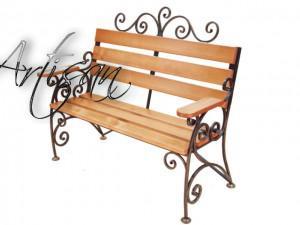 Парковые кованые скамейки