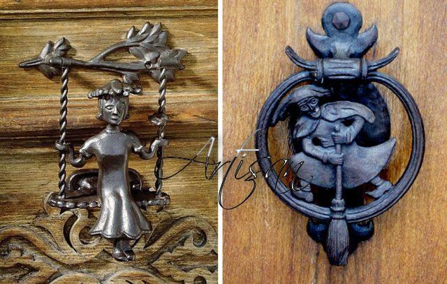 Кованые молоточки –вариант функциональной дверной фурнитуры обладающей уникальной эстетикой