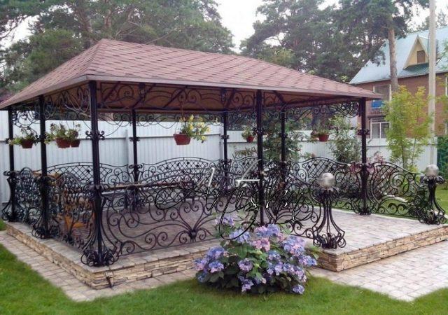 Основные правила и рекомендации к оформлению садовых беседок