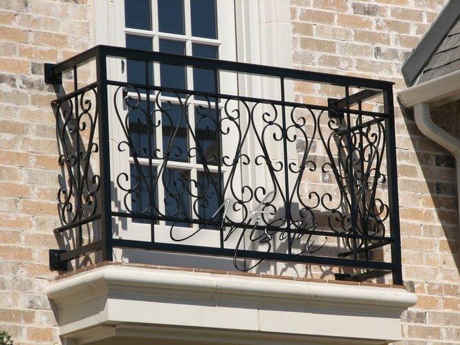 кованый балкон начального уровня