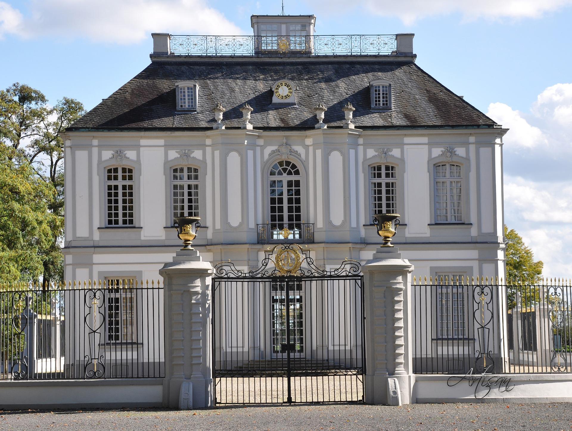Дом в стиле рококо